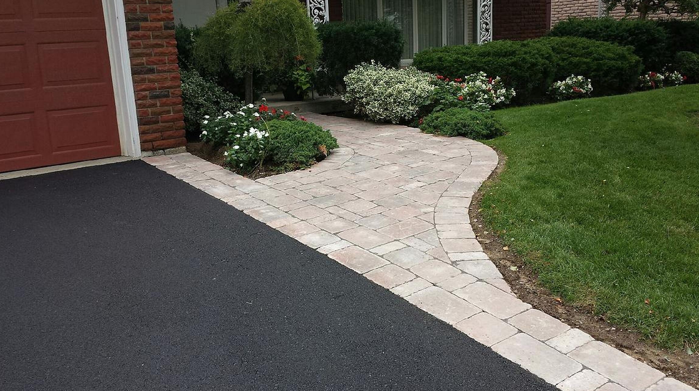 paving-and-interlock-residential.jpg